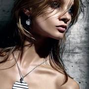http://thumbnails39.imagebam.com/11954/7db4c3119531492.jpg