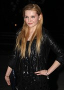 Эбигейл Бреслин, фото 7. Actress Abigail Breslin attends the Vanity Fair party during the 10th annual Tribeca Film Festival at State Supreme Courthouse on April 27, 2011 in New York City., photo 7