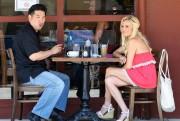 Бриджит Маркуардт, фото 243. Bridget Marquardt - Meeting a business associate at Kings Road Cafe in Studio City (July 28, 2011), foto 243