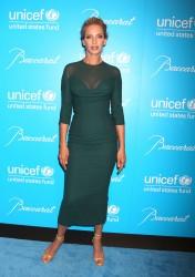 Ума Турман, фото 1106. Uma Thurman - 2011 UNICEF Snowflake ball in NYC, november 29, foto 1106