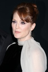 Джулианн Мур, фото 953. Julianne Moore 2012 Pirelli Calendar gala dinner in NYC December 6 2011, foto 953