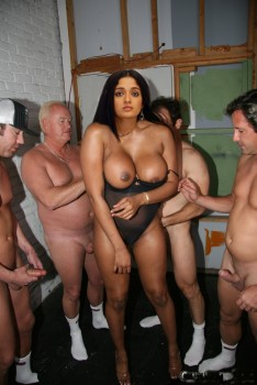 kavya madhavan cock nude