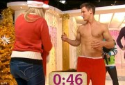 Holly Willoughby on This Morning 16th December x11