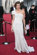 Милла Йовович, фото 1999. Milla Jovovich 84th Annual Academy Awards - February 26, 2012, foto 1999