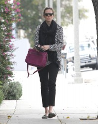 Мэнди Мур, фото 3399. Mandy Moore goes shopping before heading to the Byron and Tracey Salon, february 27, foto 3399