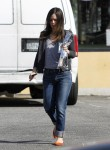 Рейчел Билсон, фото 8407. Rachel Bilson - drops by a liquor store in Los Feliz, March 7, foto 8407