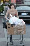 Алиана 'Али' Лохан, фото 186. Ali Aliana 'Ali' Lohan - booty in jeans shopping in Westwood 03/08/12, foto 186