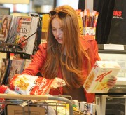 Линдси Лохан, фото 23108. Lindsay Lohan - out and about in Beverly Hills 03/08/12, foto 23108