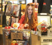 Линдси Лохан, фото 23113. Lindsay Lohan - out and about in Beverly Hills 03/08/12, foto 23113