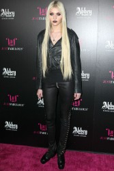 6ce51b179709872 Taylor Momsen   Launch Party for Abbey Dawn By Avril Lavigne (March 13) x39