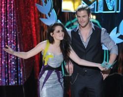 MTV Movie Awards 2012 F305e1194021814
