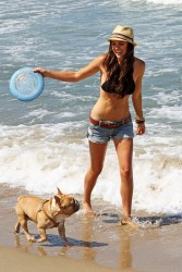 Серинда Свон, фото 70. Serinda Swan beach in Santa Monica - 7/31/2011, foto 70